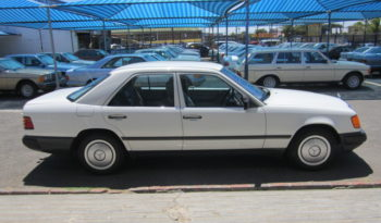 1972 MERCEDES-BENZ 220 for sale in Cape Town full